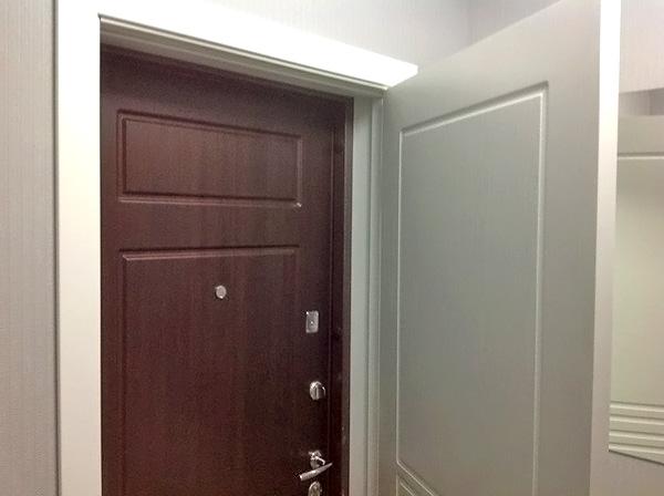 вторая входная дверь в дом фото