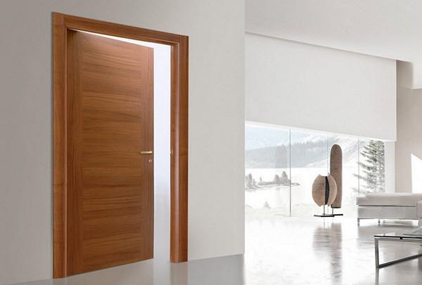Гладкие ламинированные двери фото