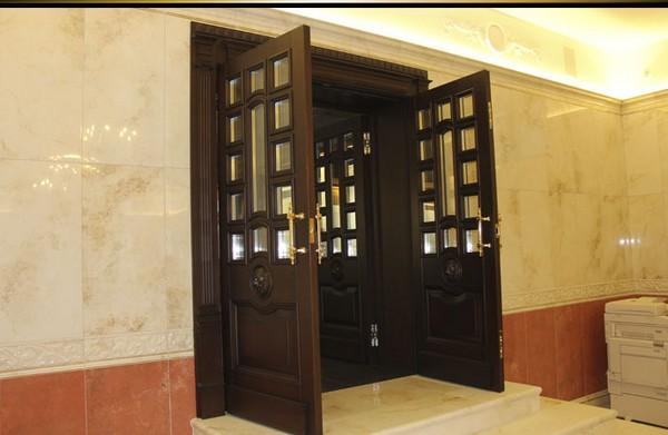 двойные двери фото