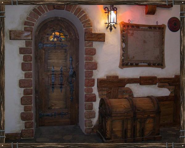 двери из массива под старину фото