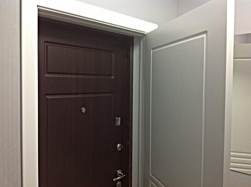 вторая входная дверь в квартиру фото