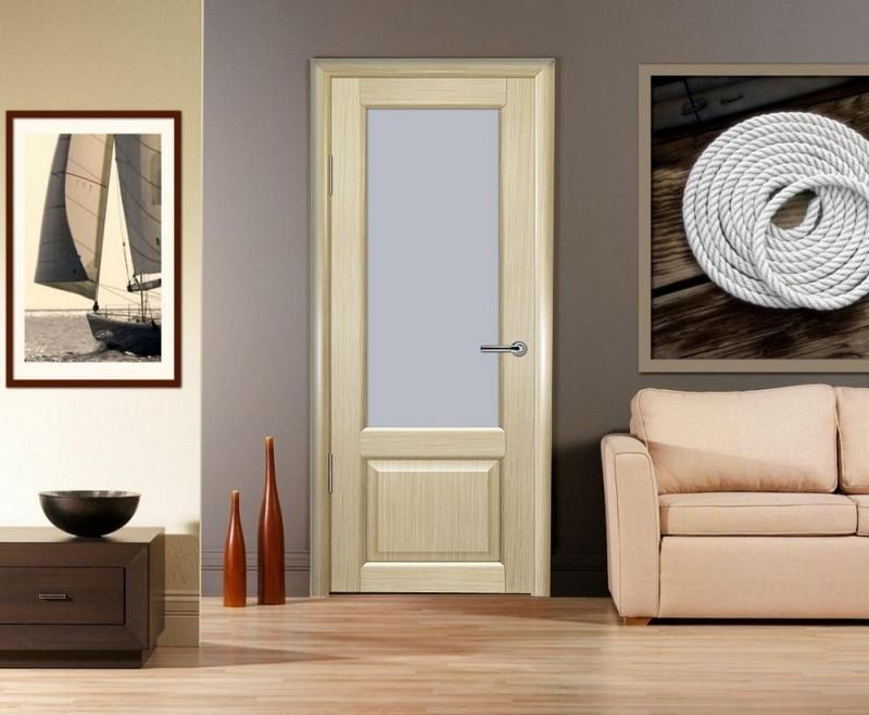 светлые двери в интерьере фото