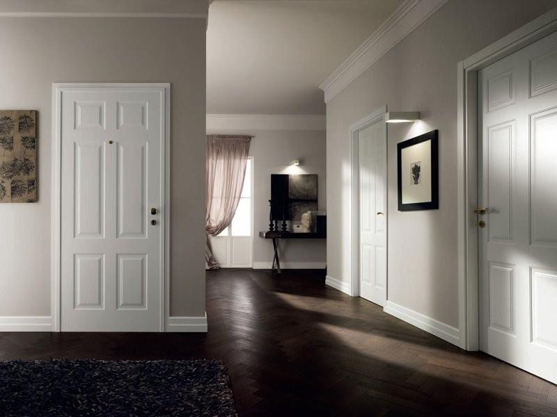 светлые межкомнатные двери в интерьере фото