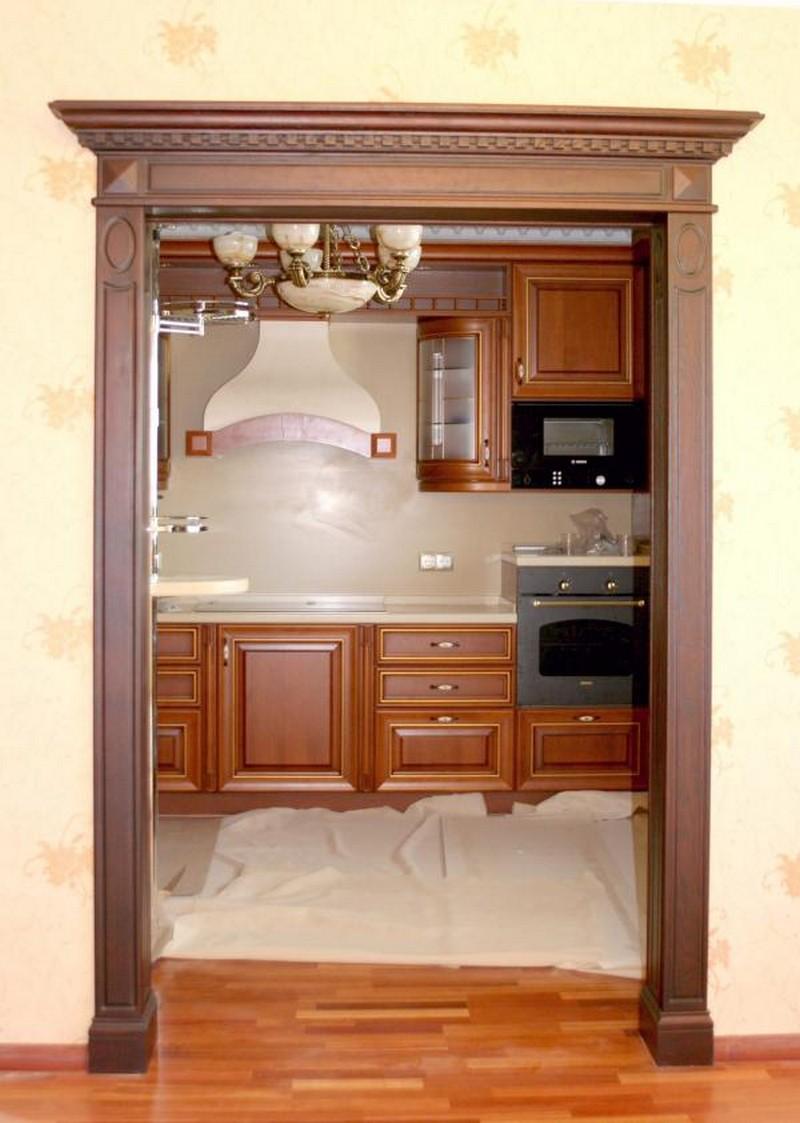 отделка дверного проема древесиной фото