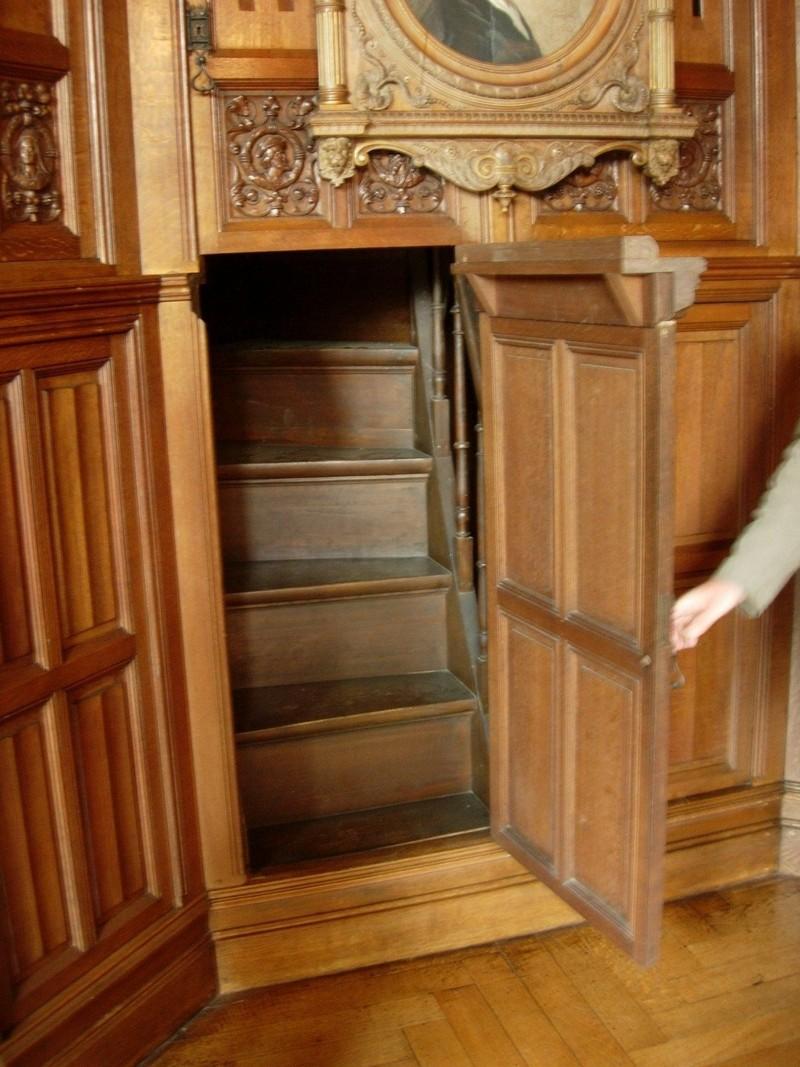 потайные двери фото