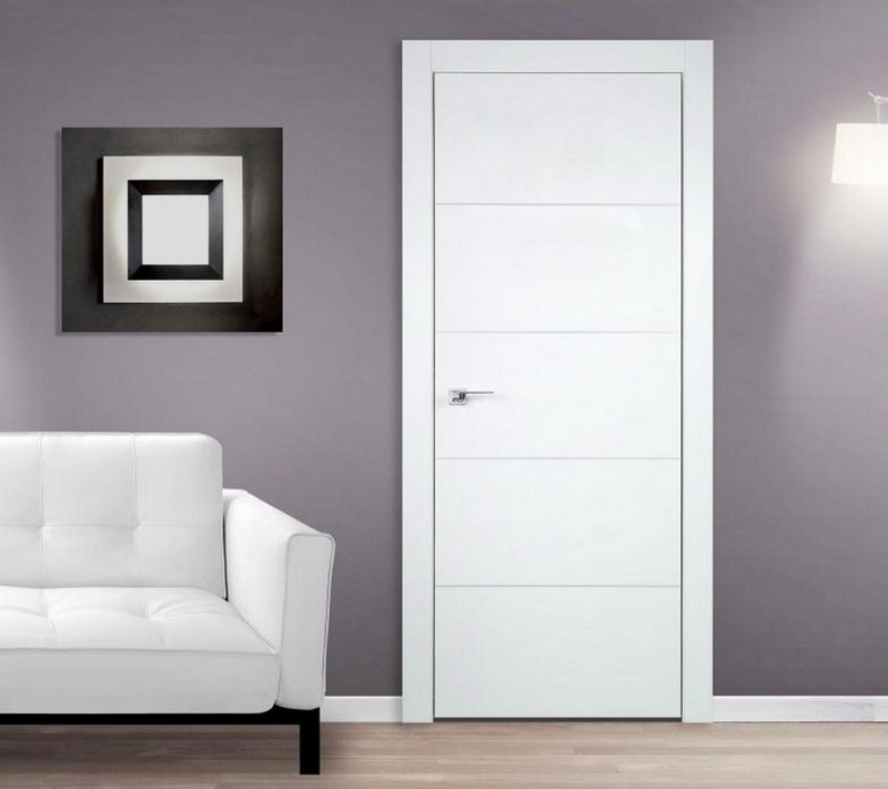 двери белого цвета фото