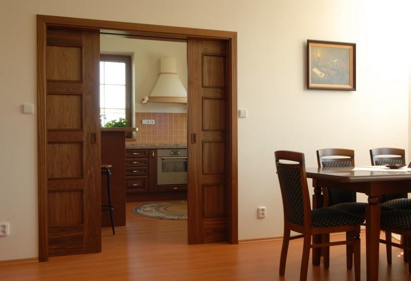 выдвижная дверь на кухню фото