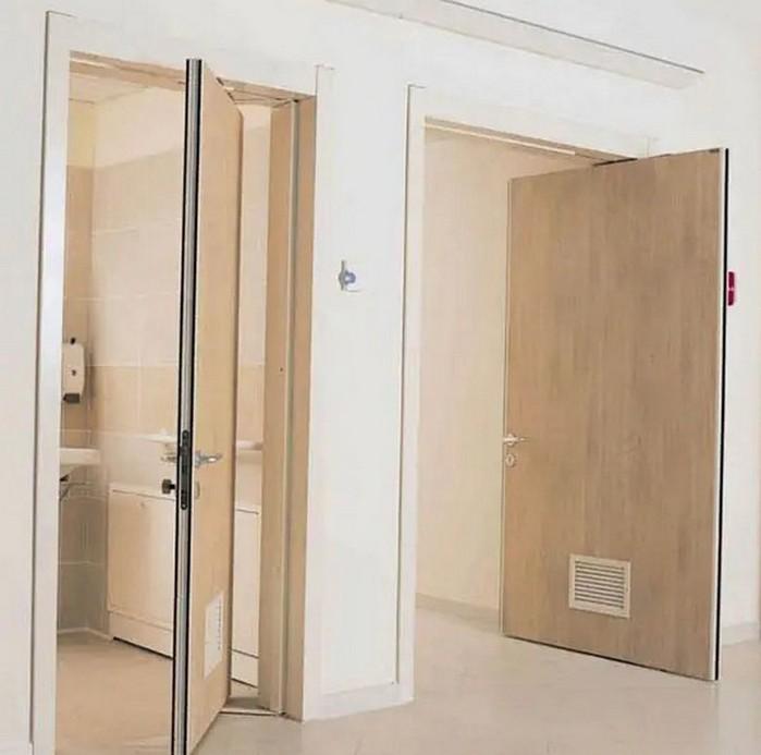роторное открывание двери фото