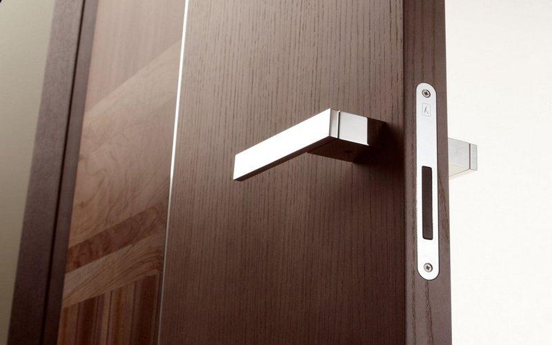 магнитный замок на дверь фото