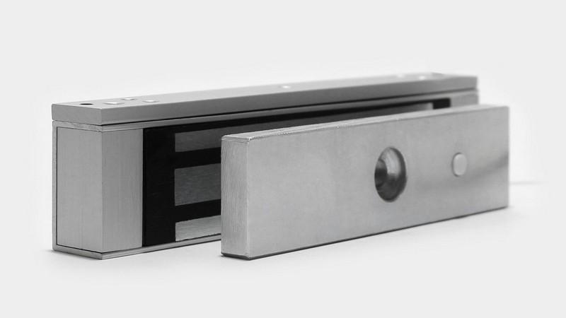 электромагнитный замок на калитку фото