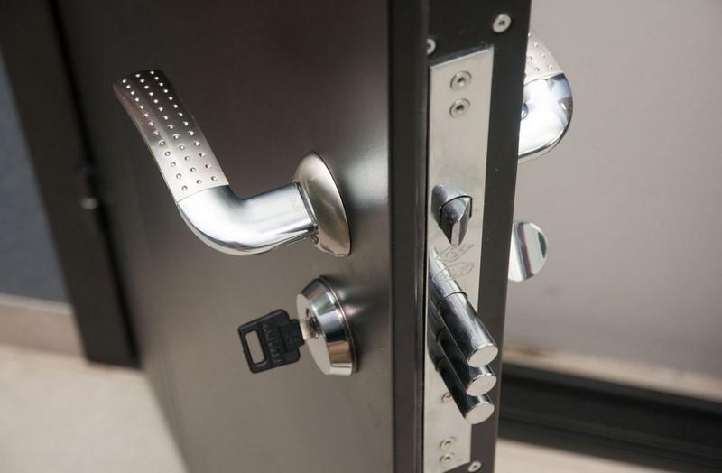 замки для сейф дверей фото