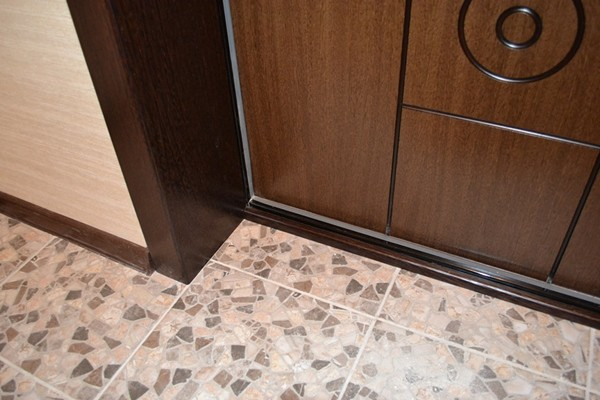 МДФ откосы для входных дверей