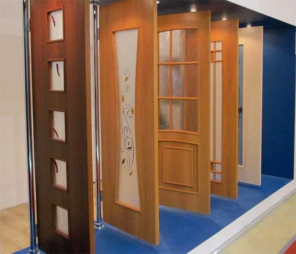 Недорогие шпонированные двери фото