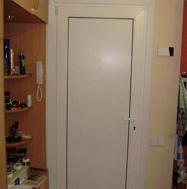 Пластиковые двери в ванную фото