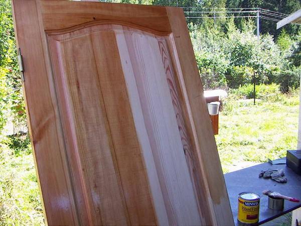 Ремонт старых деревянных дверей фото