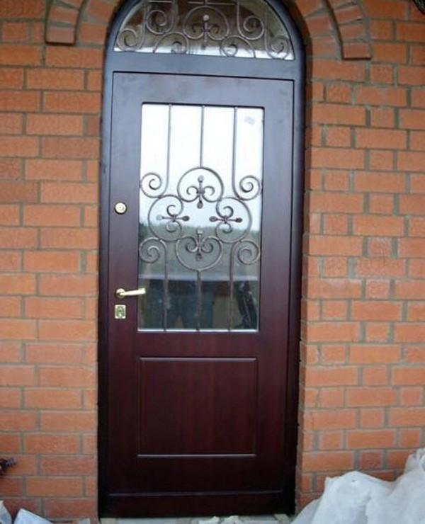 Уличные железные двери фото
