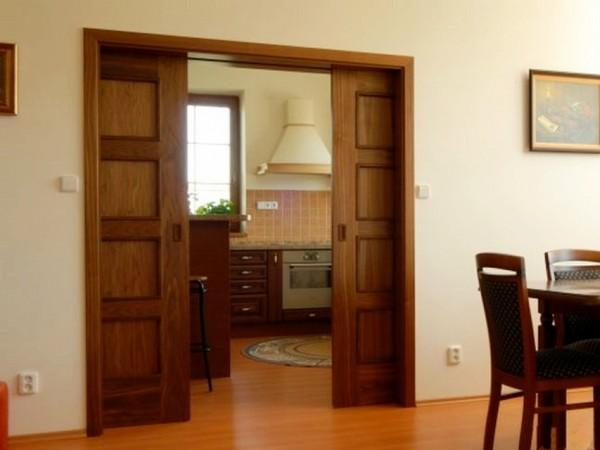 двустворчатые раздвижные межкомнатные двери фото
