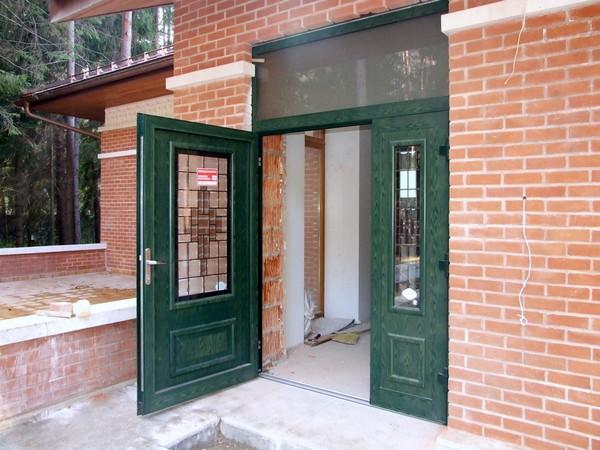 двустворчатые железные двери фото