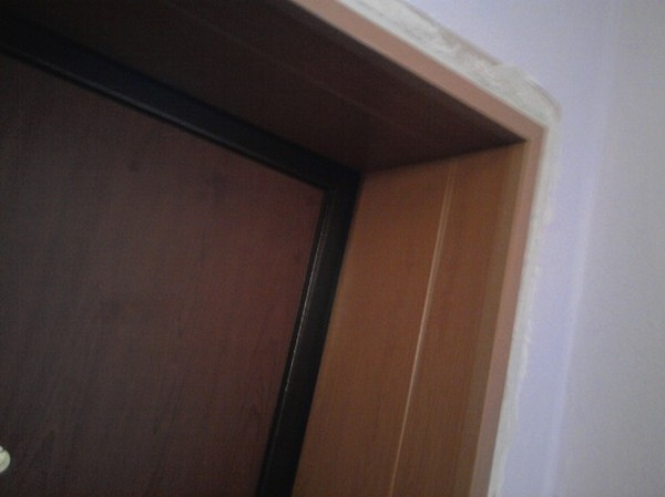 Как обделать дверной проем