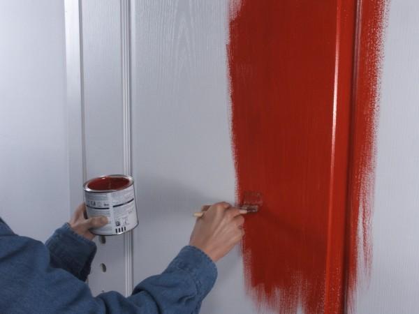 чем покрасить двери межкомнатные фото