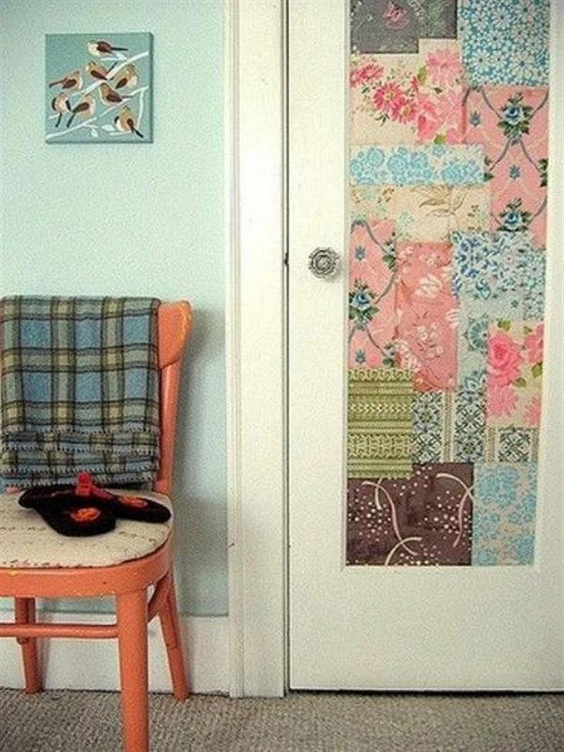 как украсить дверь в комнате своими руками фото