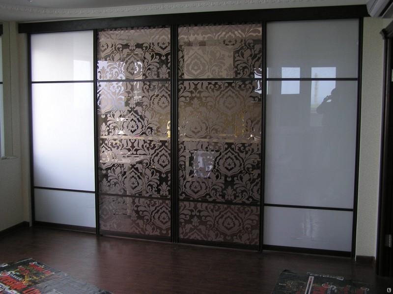 стеклянные раздвижные двери и перегородки фото